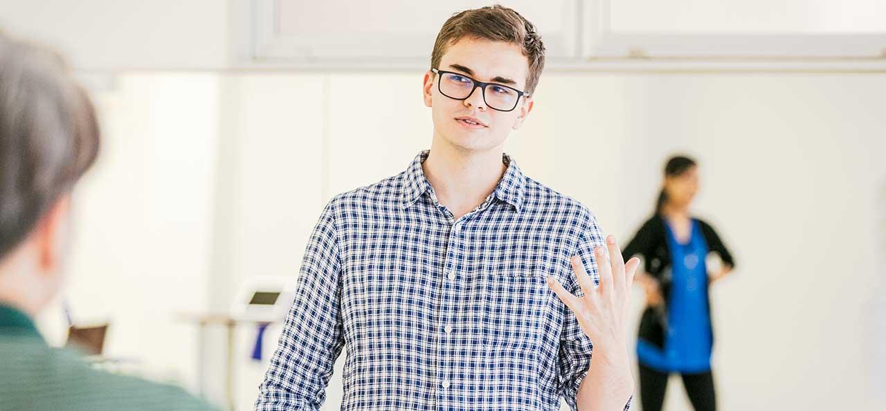 英語×演劇 E-JAM Studioのアクティングレッスンは、生き生きとした演技で学ぶ英会話