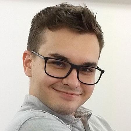 英語×演劇 E-JAM Studio 英語×演劇×ダンス講師 Mitov Ivaylo Rosenov (Ivo)